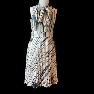 Rinascimento M Dress
